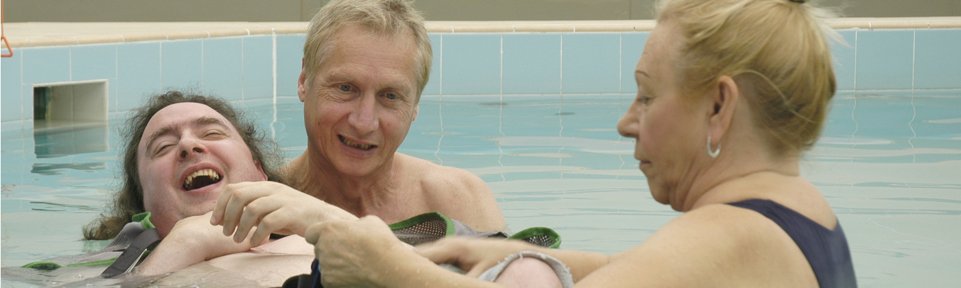 The difference you make with your donations means that this aquatherapy session can take place